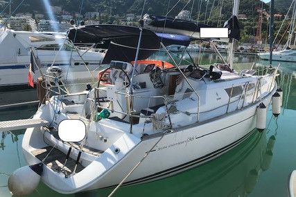 Jeanneau Sun Odyssey 36i for sale in France for €75,000 (£68,860)