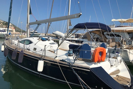 Jeanneau Sun Odyssey 49 DS for sale in France for €185,000 (£168,404)