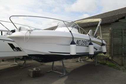 Beneteau Flyer 550 Open for sale in France for €13,500 (£12,375)