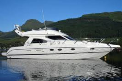 Cranchi Atlantique 40 for sale in France for €145,000 (£132,912)