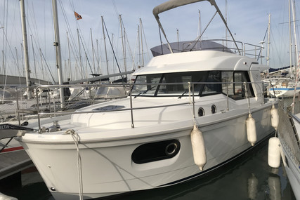 Beneteau Swift Trawler 30 for sale in France for €185,000 (£169,742)