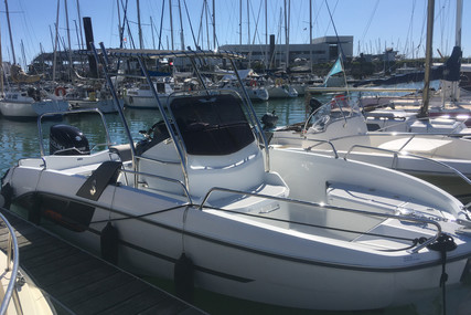 Beneteau Flyer 6.6 Spacedeck for sale in France for €33,500 (£29,792)