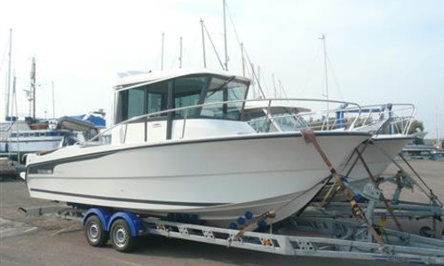 Image of Ocqueteau 800 OSTREA for sale in United Kingdom for £54,995 Burnham-on-Crouch, Maldon, Royaume Uni, United Kingdom