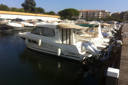 Beneteau Antares 880 HB for sale in France for €67,500 (£61,271)