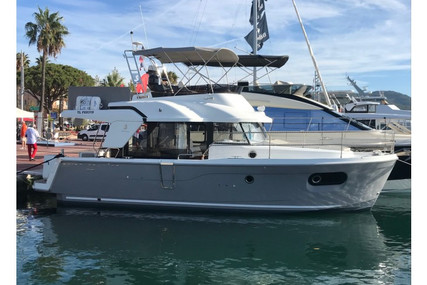 Beneteau Swift Trawler 35 for sale in France for €290,000 (£266,260)