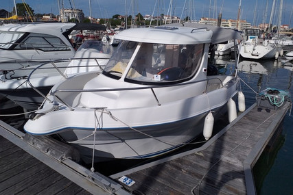 Quicksilver 580 Pilothouse for sale in France for €15,000 (£13,671)