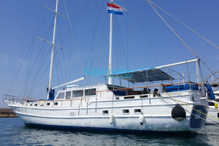 Caicco 24M for sale in Italy for €265,000 (£241,848)