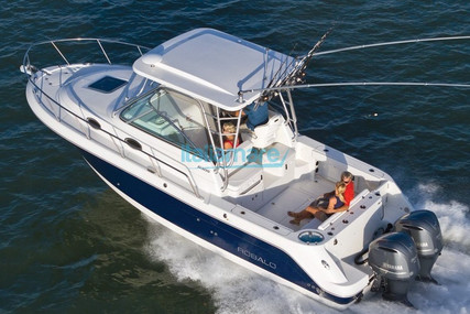 Robalo 305 R for sale in Italy for €145,000 (£129,028)