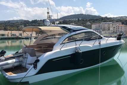 Sessa Marine C38 for sale in Italy for €170,000 (£155,253)