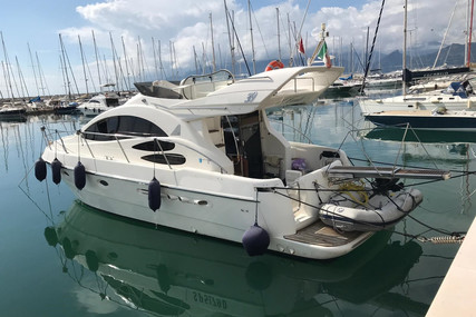 Azimut Yachts 39 for sale in Italy for €119,000 (£108,325)
