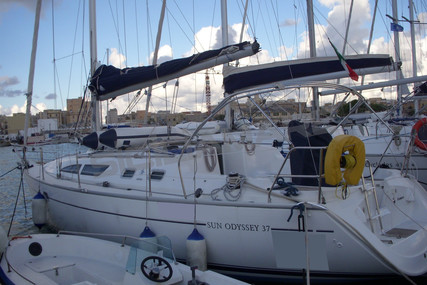 Jeanneau Sun Odyssey 37 for sale in Italy for €52,000 (£47,489)