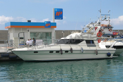 Princess 45 for sale in Italy for €75,000 (£68,766)