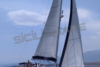 Jeanneau Sun Odyssey 42i for sale in Italy for €98,000 (£89,438)