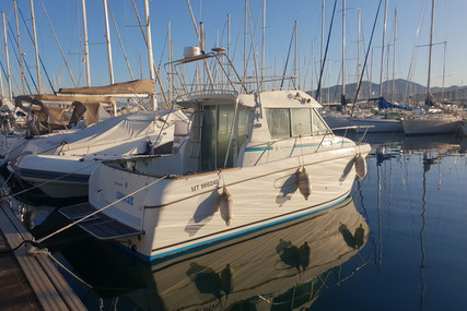 Jeanneau Merry Fisher 750 for sale in France for €19,500 (£17,796)