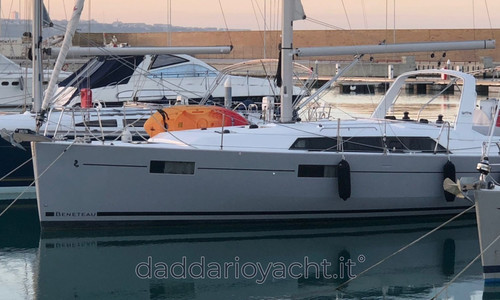 Image of Beneteau Oceanis 41.1 for sale in Italy for €190,000 (£174,160) Campobasso, Molise, Campobasso, Molise, Italy