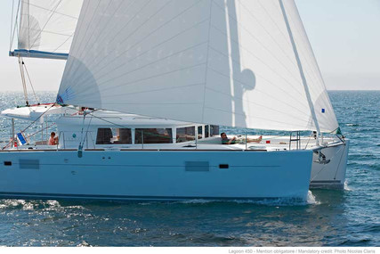 Lagoon 450 for sale in Greece for €370,000 (£337,216)