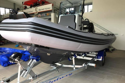 Zodiac Pro 550 for sale in France for €28,000 (£25,708)