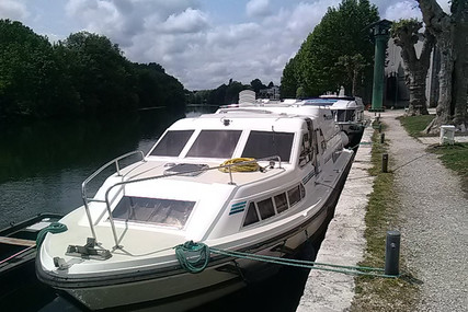 Crown Cruiser 37 CRUSADER for sale in France for €65,000 (£59,361)