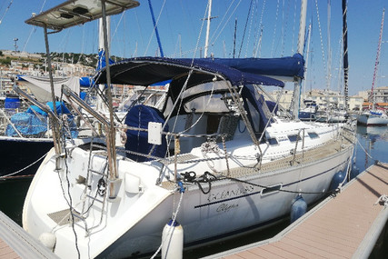 Beneteau Oceanis 393 for sale in France for €75,900 (£69,687)