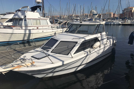 Bayliner Classic 2452 for sale in France for €10,000 (£9,063)