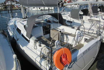 Hanse 348 for sale in Germany for €129,000 (£117,690)