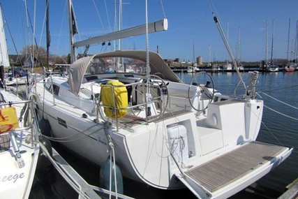Hanse 415 for sale in Germany for €144,000 (£131,548)