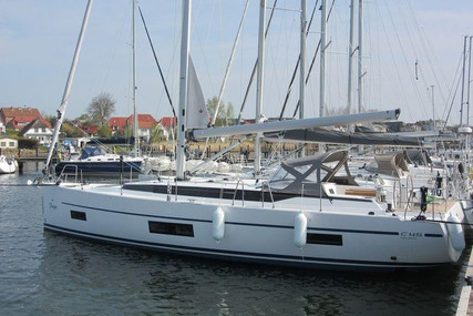 Bavaria Yachts 45 HOLIDAY for sale in Germany for €264,000 (£241,171)