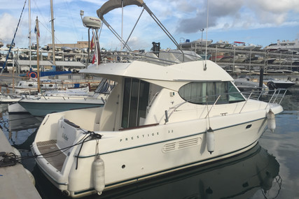 Prestige 32 for sale in Spain for €79,000 (£71,913)