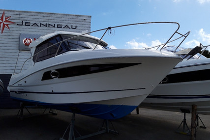 Beneteau Antares 880 HB for sale in France for €56,500 (£51,790)