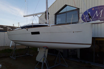 Jeanneau Sun Odyssey 319 for sale in France for €139,000 (£126,856)