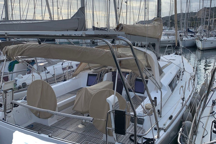 Dufour Yachts 410 Grand Large for sale in France for €169,000 (£154,235)