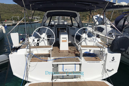 Beneteau Oceanis 38.1 for sale in Italy for €130,000 (£118,642)