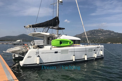Lagoon 39 for sale in Italy for €260,000 (£237,445)