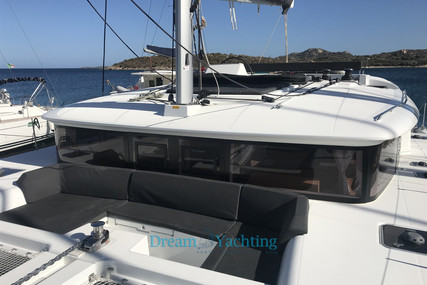 Lagoon 450 for sale in Italy for €420,000 (£373,257)