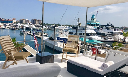 Image of Hatteras 72 Motor Yacht for sale in United States of America for $579,000 (£415,712) Miami Beach, Florida, United States of America