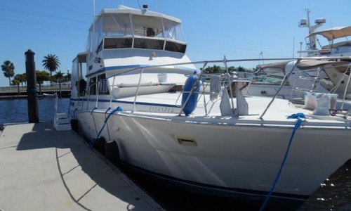 Image of Viking 44 AFt Cabin Motoryacht for sale in United States of America for $124,500 (£89,999) Port Charlotte, Florida, United States of America