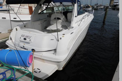 Sea Ray 380 Sundancer for sale in United States of America for $79,900 (£61,859)