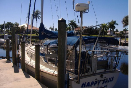 Island Packet 40 for sale in United States of America for $169,900 (£121,985)