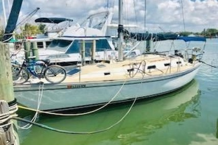Pearson 39 for sale in United States of America for $39,950 (£30,975)