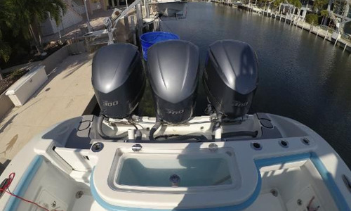 Image of Yellowfin 36 CC Offshore for sale in United States of America for $429,000 (£333,891) Islamorada, Florida, United States of America