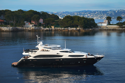 Sunseeker 34m for sale in France for €4,900,000 (£4,470,395)
