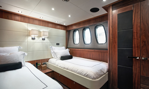 Image of Sunseeker 34m for sale in France for €4,900,000 (£4,213,060) French Riviera,, France