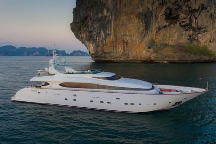 Maiora 31DP for sale in Thailand for €2,450,000 (£2,249,440)