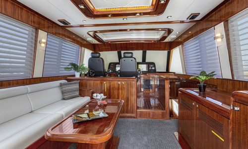 Image of Hampton 76' Skylounge Motoryacht for sale in United States of America for $2,195,000 (£1,587,818) San Diego, California, United States of America