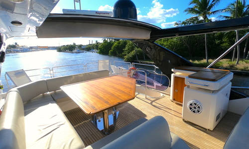 Image of Azimut Yachts 70 Flybridge for sale in United States of America for $1,395,000 (£1,095,105) Fort Lauderdale, Florida, United States of America