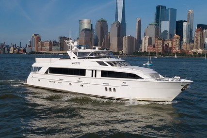 Hatteras 100 Motor Yacht for sale in United States of America for $3,589,000 (£2,595,477)