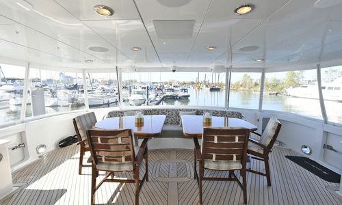 Image of Hatteras 100 Motor Yacht for sale in United States of America for $3,589,000 (£2,817,443) New York, New York, United States of America