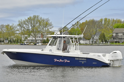 Everglades 32 CENTER CONSOLE for sale in United States of America for $249,000 (£182,265)