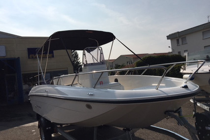 Bayliner Element CC6 for sale in France for €25,900 (£23,653)