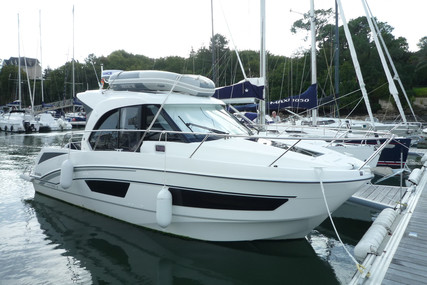 Beneteau Antares 9 for sale in France for €118,000 (£107,110)
